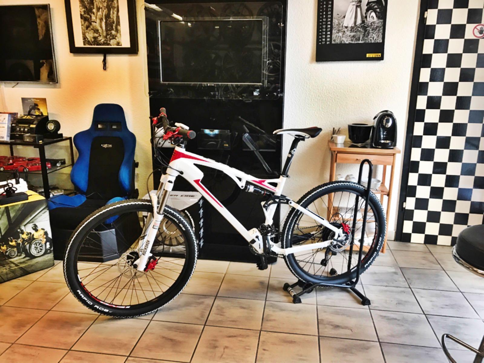 Store_Bikes_12